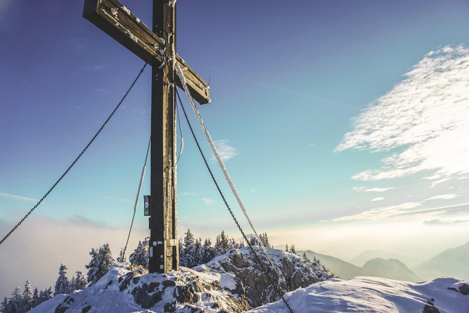 trekking routes near Graz, visitgraz, Graz tourismus, Graz trekking, winter trekking in Austria, Hochlantsch, Mixnitz, lifestyle blog Austria, Hochlantsch summit