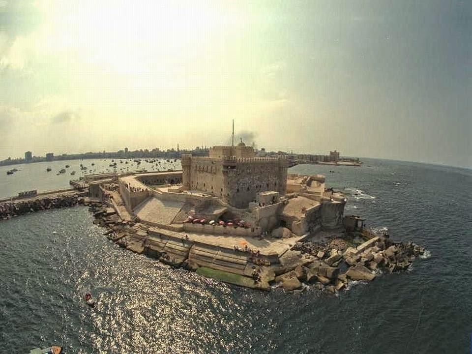 https://3.bp.blogspot.com/-swhEQsSCOUk/VJ8ZLKMwPLI/AAAAAAAAW9U/N8hdGXmgS0I/s1600/citadel-of-qaitbay-egyfp-4.jpg