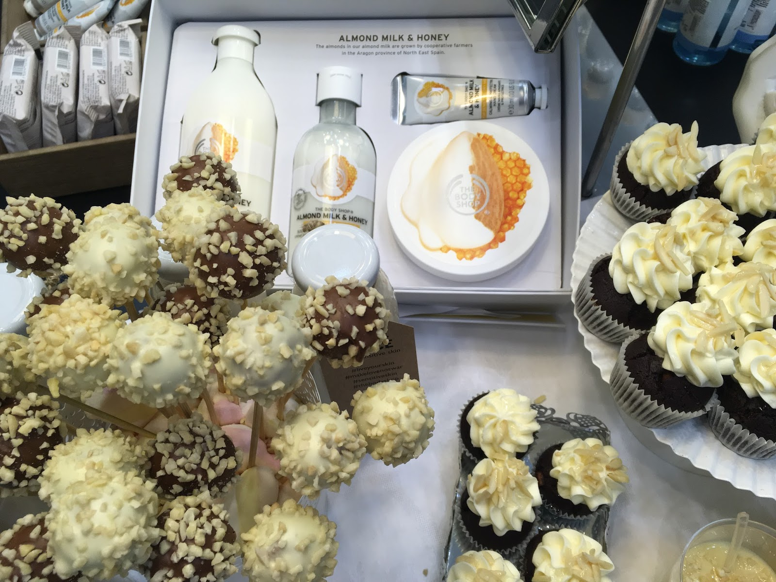 Almond Milk&Honey by The Body Shop
