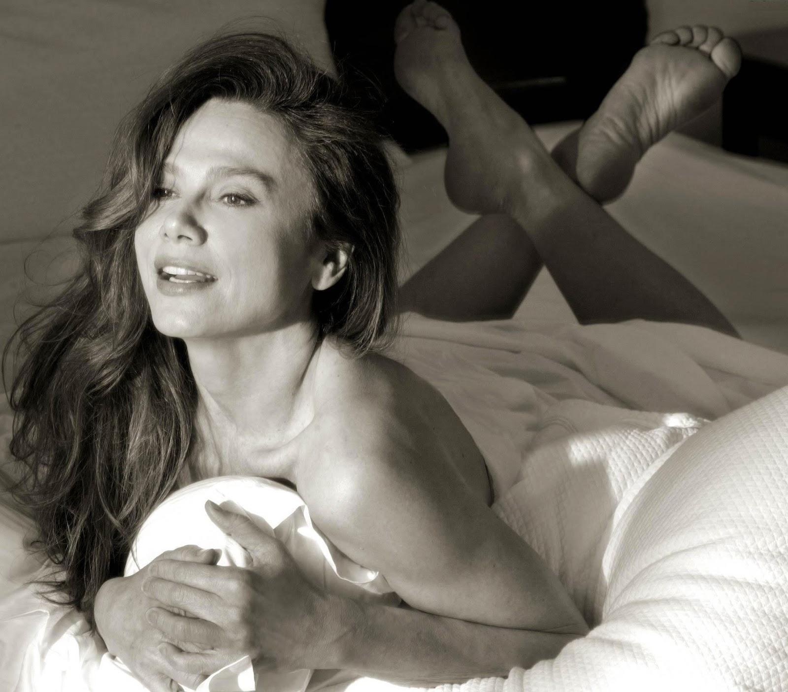 Celebrity Nude Century Lena Olin Alias