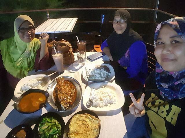 Restoran BAKO BAKO Marina Island Lumut Perak