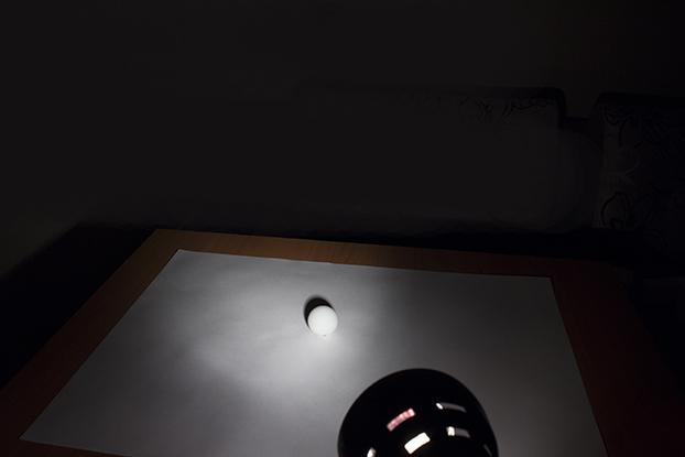44-свет-и-тень-фотография-шар-белый