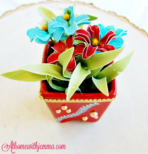 DIY-red-flower-pot-Jemma