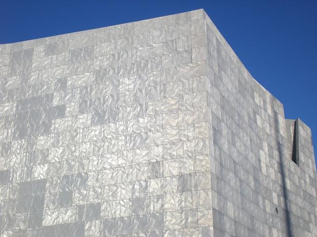 Cruisin' Museums With Jonette Slabey Walker Art Center