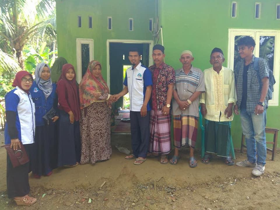 Lembaga Peduli Dhuafa Serah terima Rumah Layak Huni Untuk Ibu Shalihah.