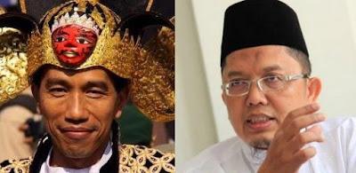 Ini adalah noktah yang cukup kental, Jokowi harus disuruh mundur