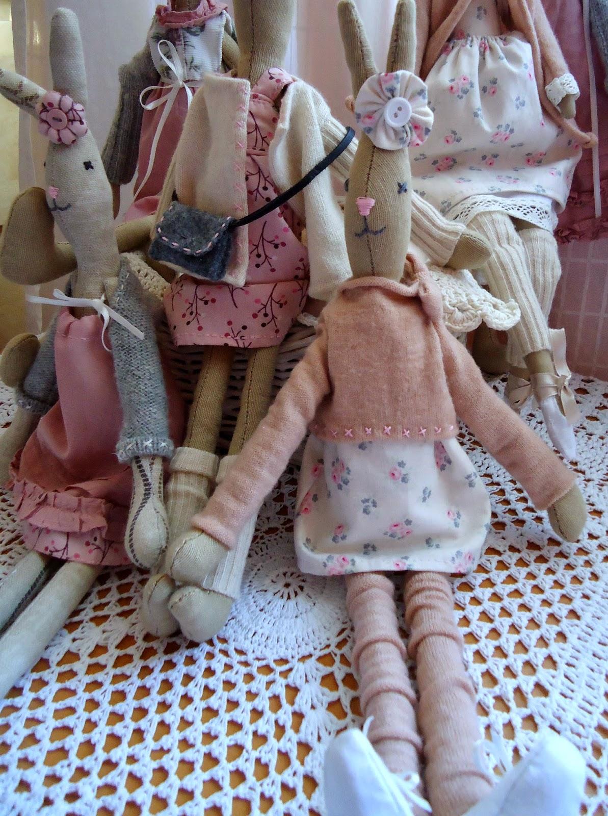 króliczek hand made, w różowej sukience, w sweterku