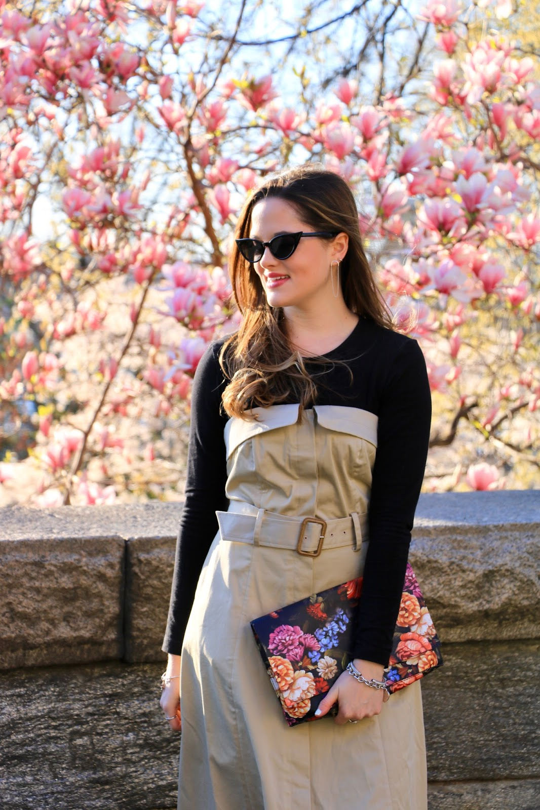 Nyc fashion blogger Kathleen Harper wearing Urban Outfitters cat-eye sunglasses