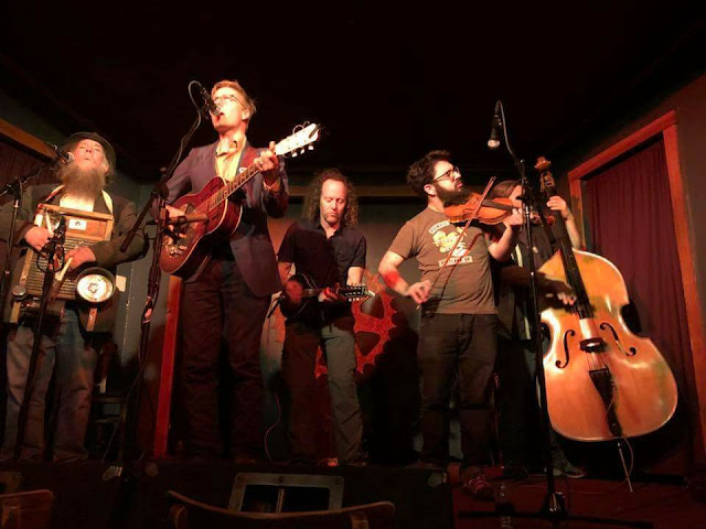 "AP: OUT OF THE NORM: Corwin Bolt and the Wingnuts and the porch bluesy ragtime ""mind folk"" of ""One Day"""
