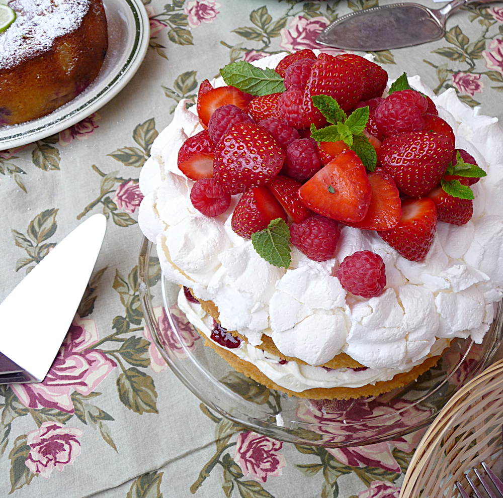 Lancashire Food: Market Fresh - Cakes from a Country