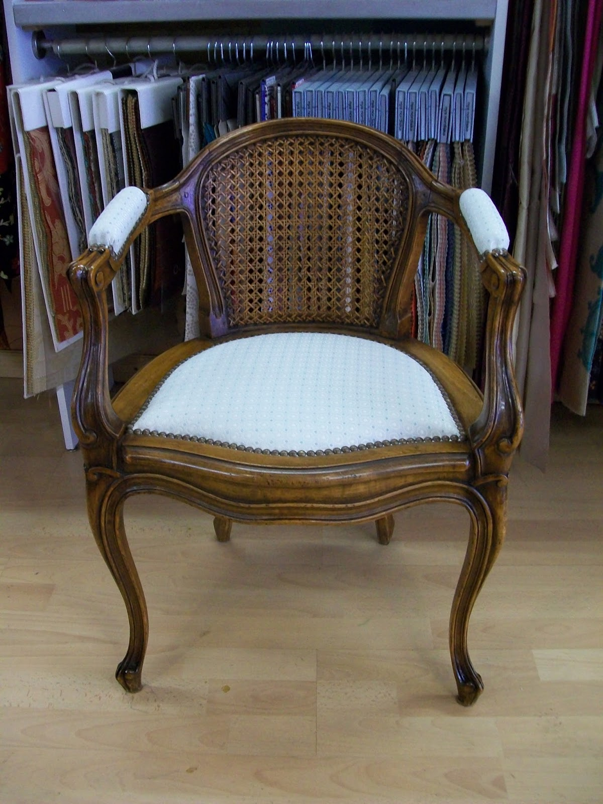 L 39 petit fauteuil de bureau for Petit fauteuil de bureau