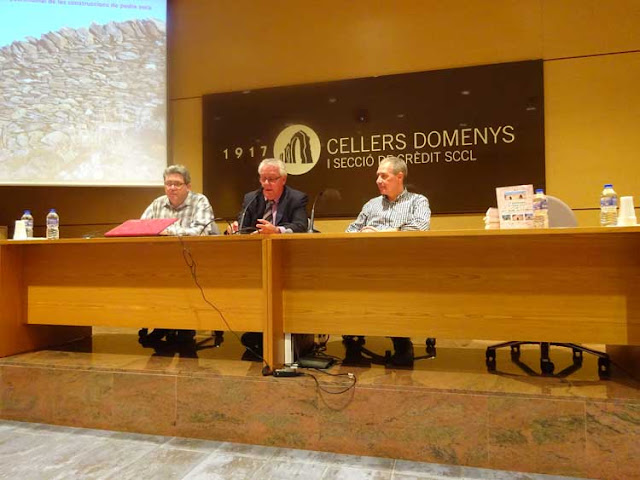 Esguard de Dona - Presentació del Llibre Les Barraques de Pedra Seca de Sant Jaume dels Domenys - Acte inaugural.