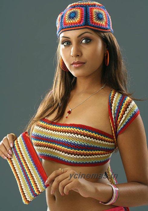 Madhu Shalini Hot Pics-8967