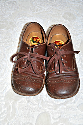 Children S Shoe Store Like Buster Brown