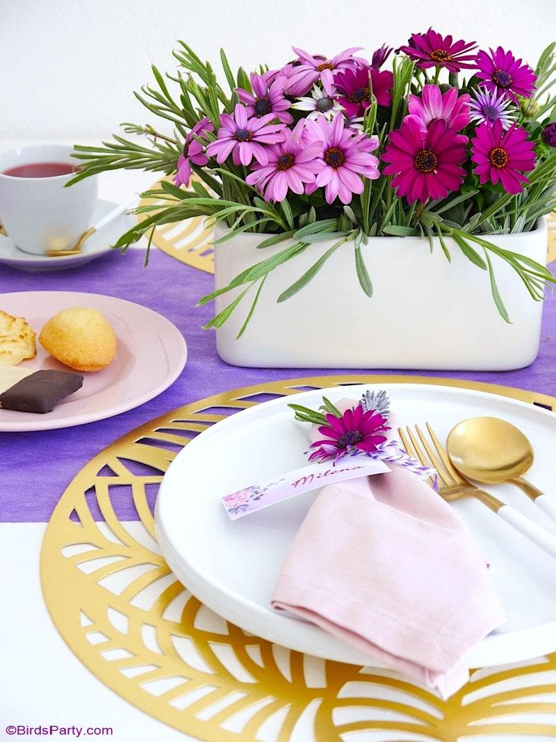 Une Thé Party et Décor de Table Lavande pour la Fête des Mères - astuces et idées, recettes et printables pour célébrer maman! by BIrdsParty;com @birdsparty #théparty #fetedesmères #decordetable #tablelavande #decorationdefete