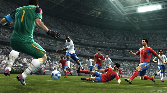 Pro Evolution Soccer 2012 Free For PC