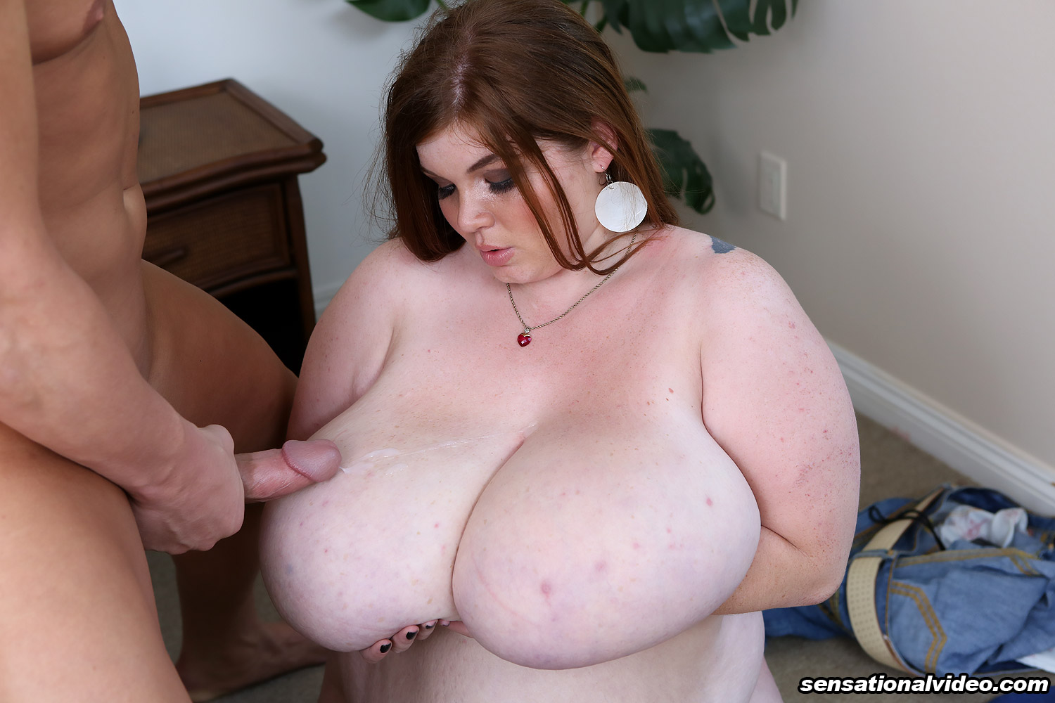2 bbws blow a lucky guy part 1 6