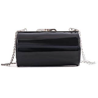 https://www.dresslily.com/cylindrical-chain-shoulder-messenger-bag-product2955051.html
