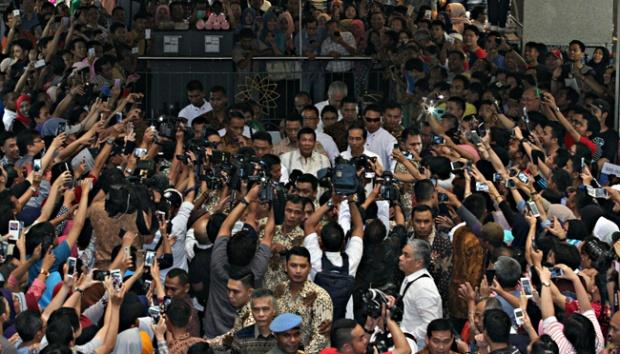 Jokowi-Duterte ke Pasar Tanah Abang, Pengunjung Histeris