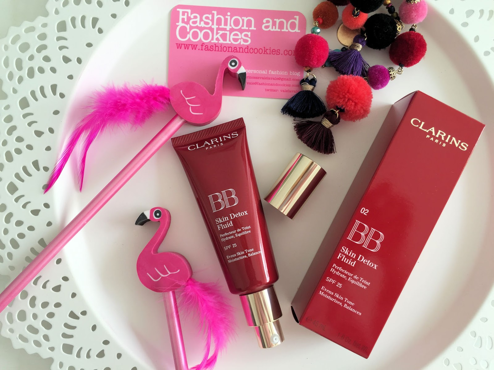 Clarins makeup Instant Glow Spring 2016 BB Detox fluid review on Fashion and Cookies beauty blog, beauty blogger