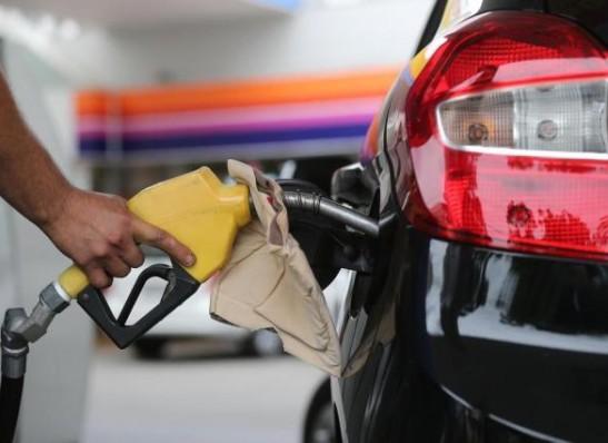 morada-nova-tem-gasolina-mais-cara-do-estado-diz-ANP