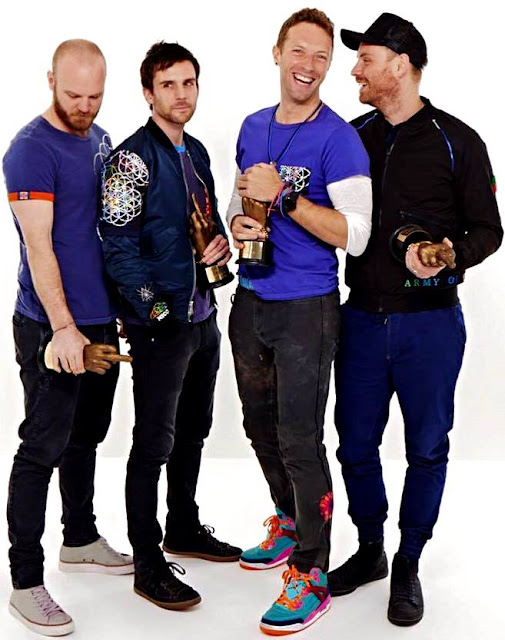 Foto de Coldplay felices con premio