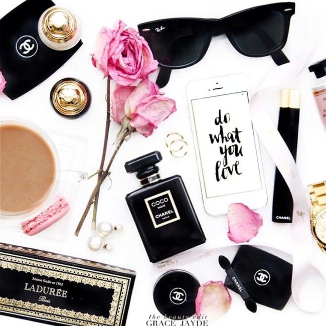 Jelena Zivanovic Instagram @lelazivanovic.Glam fab week.The beauty edit Grace Jayde.Best flat lays ever.