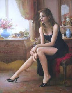 Γυναίκα κάθεται μέσα σε δωμάτιο.