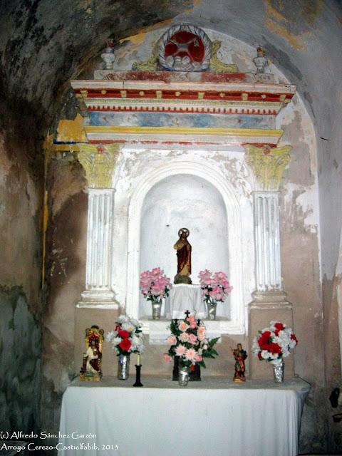 arroyo-cerezo-iglesia-retablo-capilla