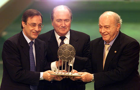 Real Madrid C.F. wins the FIFA Club of the 20th Century award as it is being recognized as the greatest football club of 20th century by FIFA on 11th December 2000.