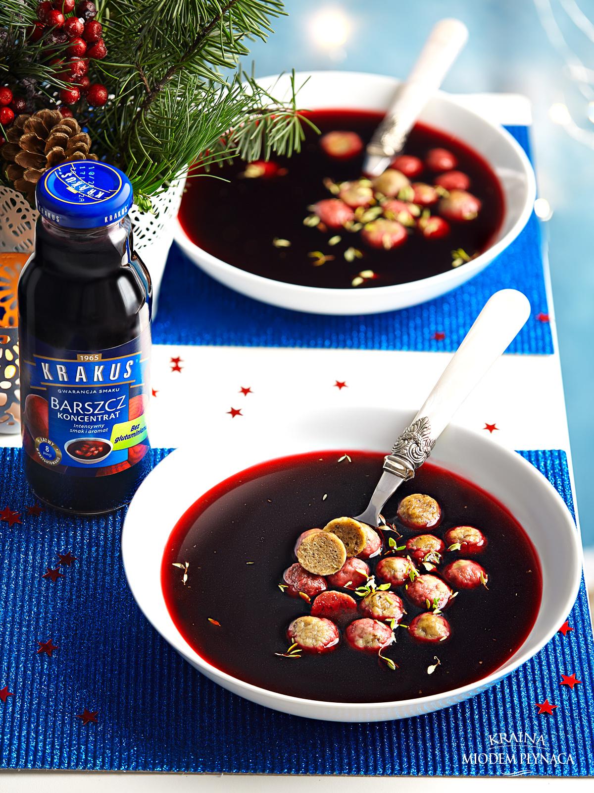 barszcz czerwony krakus, barszcz czerwony na święta, kluseczki grzybowe, dania z grzybów, kraina miodem płynąca, fotografia kulinarna