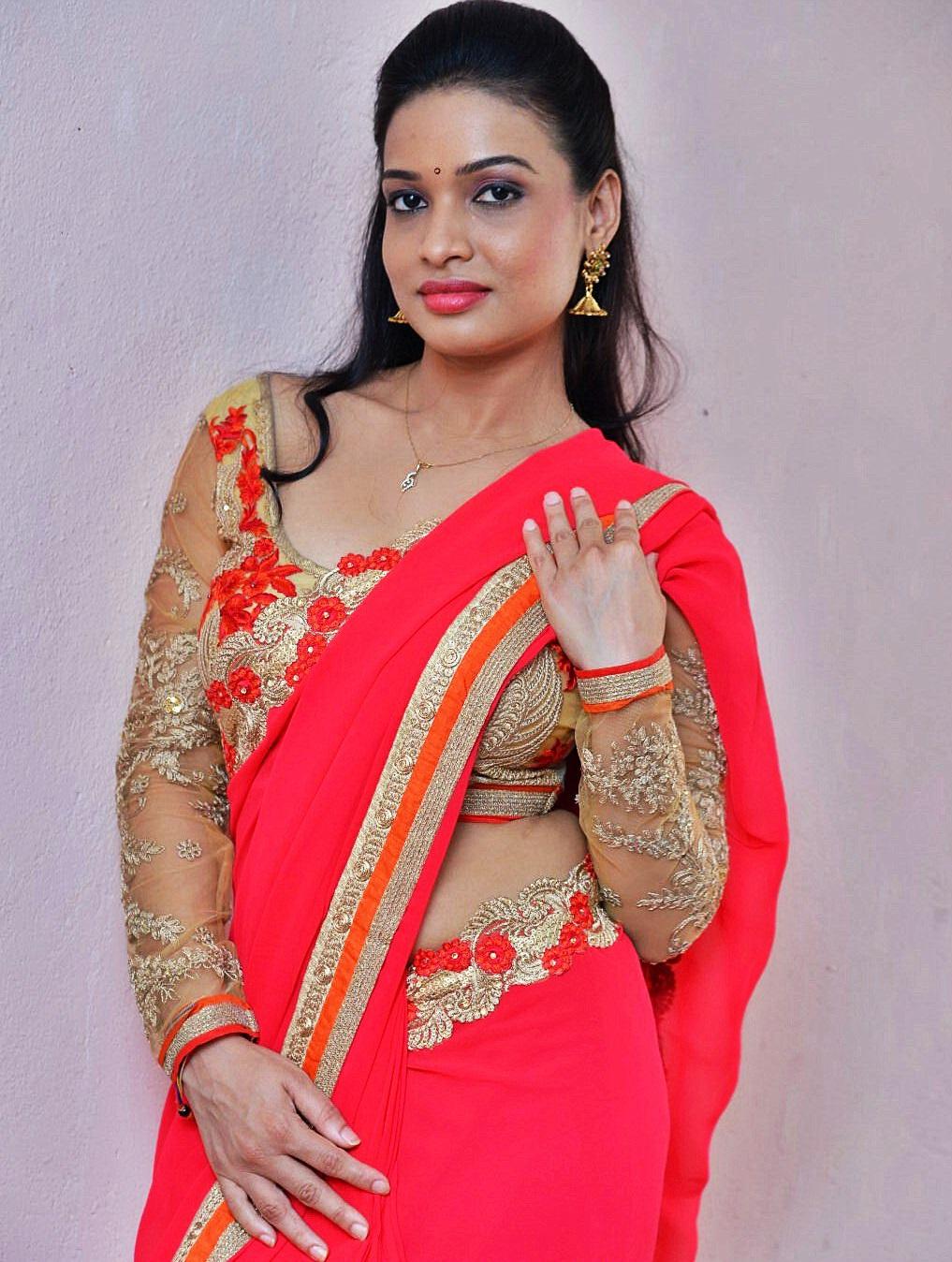 indian actress saree navel images
