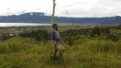 Keindahan Alam Deiyai dari Gunung Bomou 3