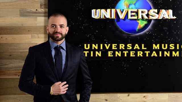 Nacho firma contrato como solista y productor musical con Universal Music