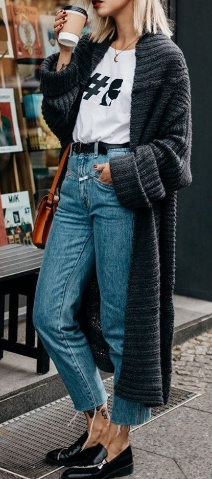 cozy outfit inspiration / long cardigan + t-shirt + bag + jeans + loafers