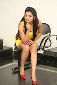 actress Tarunika new sizzling pics-thumbnail-13