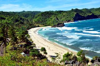 Pantai Teleng Ria, Pacitan, Jawa Timur