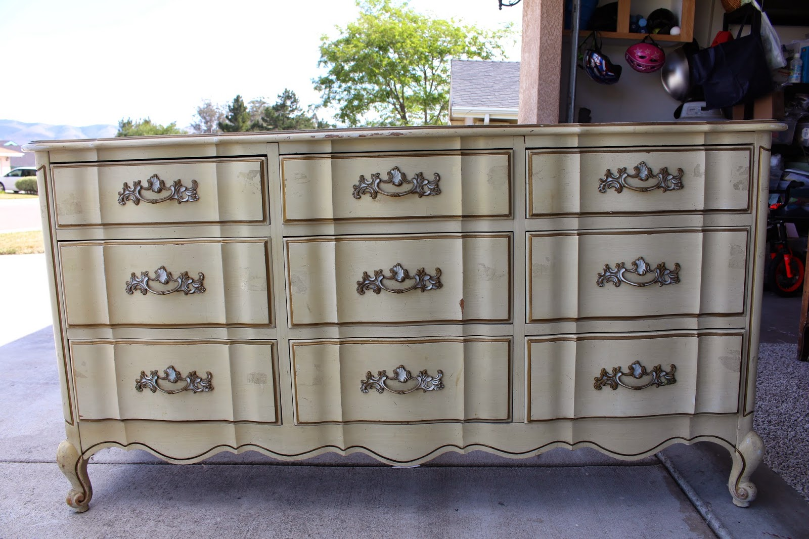 The Painted Willows: French Provincial Dresser Makeover