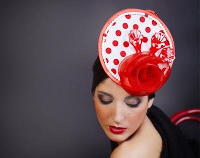 aa8d1e7946 Para las pieles claras lo mejor es usar colores cálidos como el rojo,  amarillo, rosa o naranja, que resaltan sobre la piel y favorecen mucho.