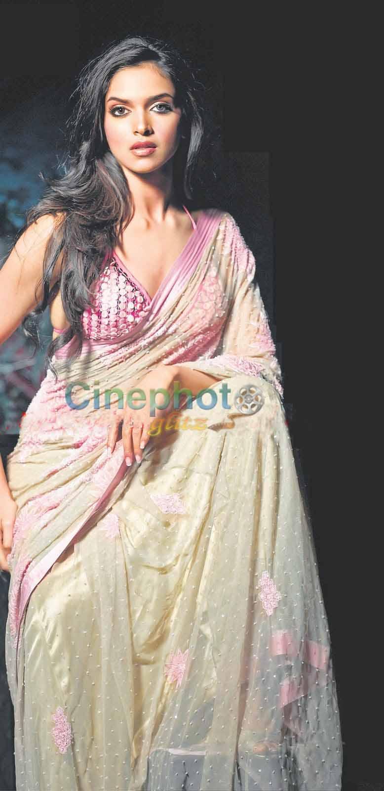 celebrity Gossip: deepika Padukone In White Saree