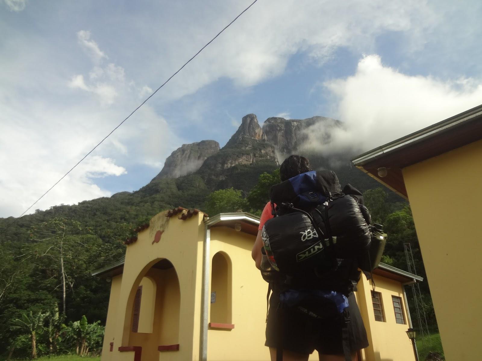 """Eita coisa bonita! - Pico Marumbi - PR - Coluna DE ROLÊ – 7 dicas para camping no Marumbi por um viajante de experiência """"mediana-pra-boa"""" – por THIAGO GAVA"""