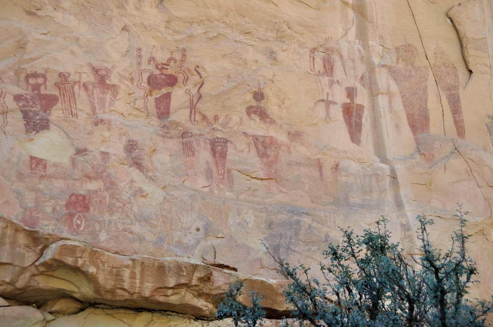 F8 Be There Petroglyphs And Pictographs Of The American