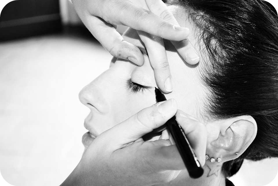the secret to barely there makeup natural eyeliner
