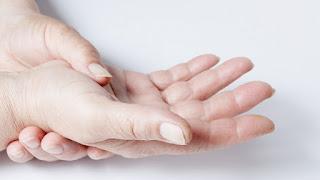 10 Cara Ampuh Mengobati Arthritis di Tangan
