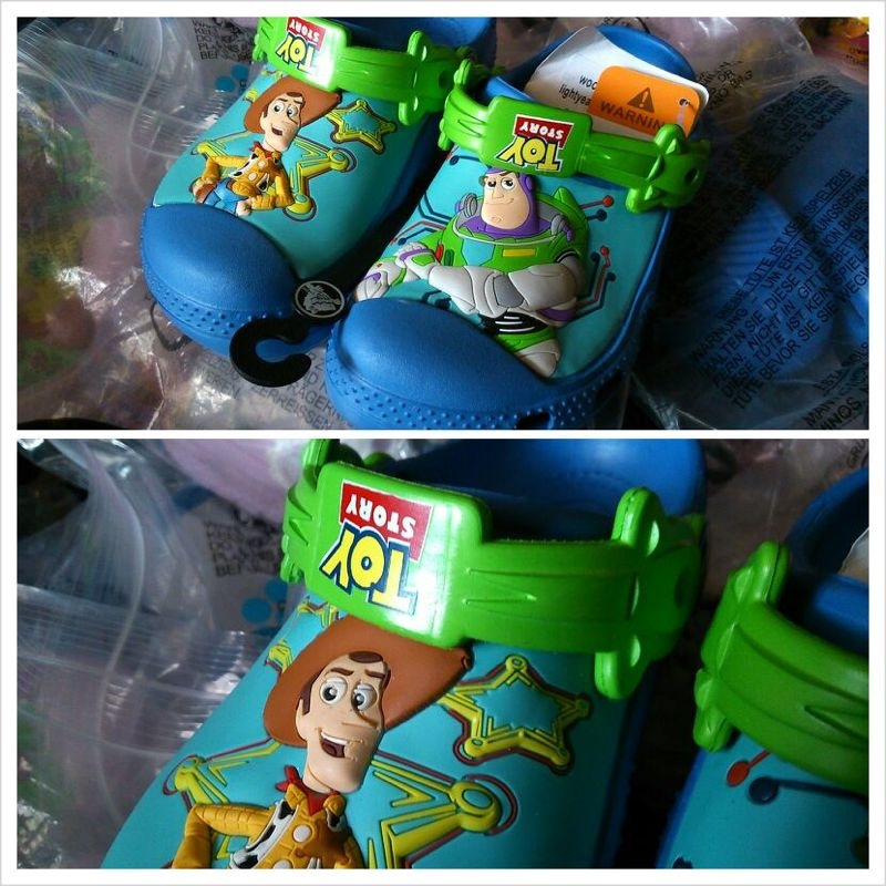 1a097284b9bfc0 2013 Addition - Crocs Kids Model   Crocs Toy Story