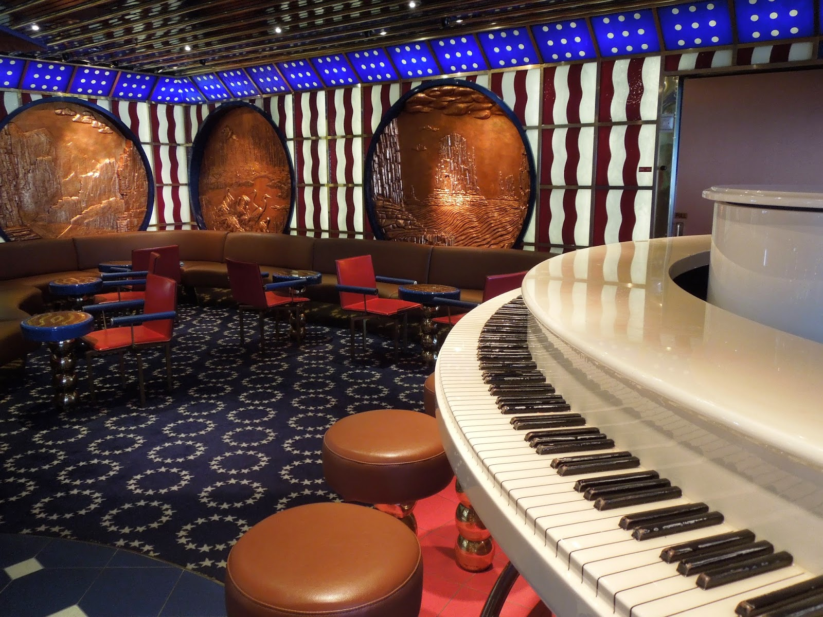 Paradise America Bar