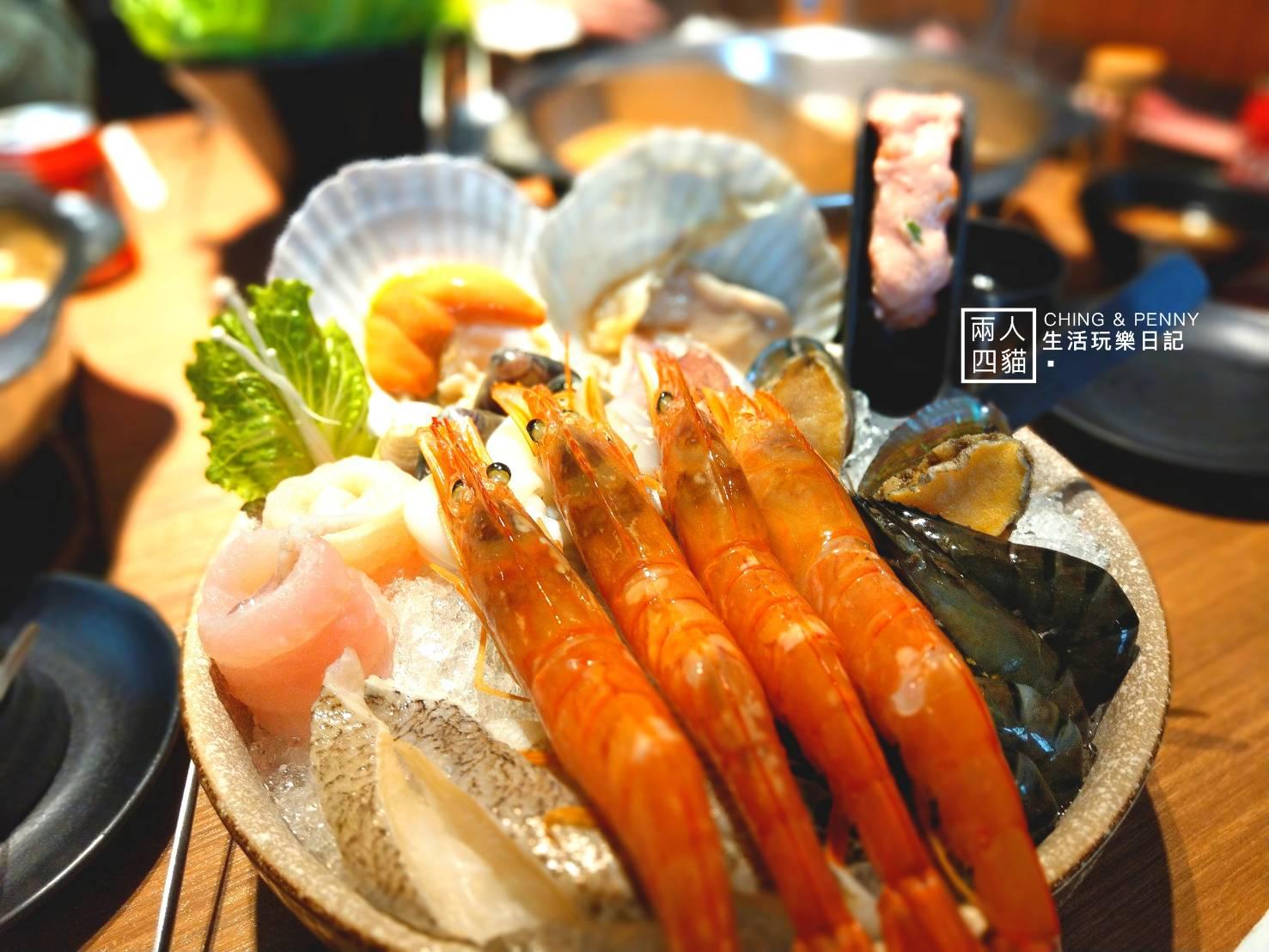 【大安 美食】小當家海鮮鍋物 超豐富海鮮盤(天使紅蝦.干貝.蛤蜊) 平日午餐一人不到500!