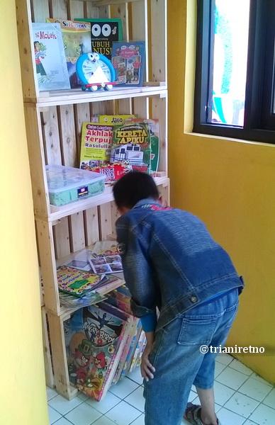 tips agar anak suka membaca buku