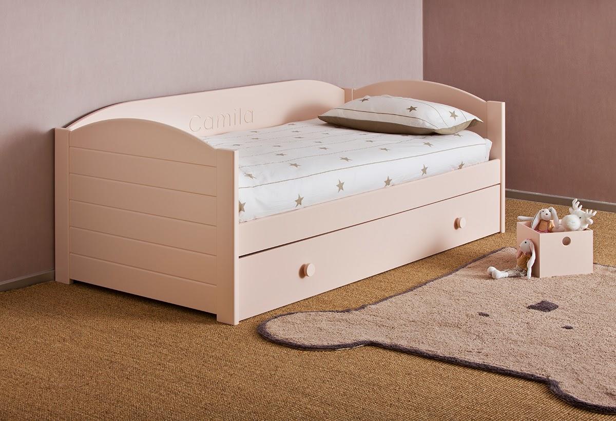 Dormitorio infantil con cama compuesta por cajones del - Tiradores cajones infantiles ...