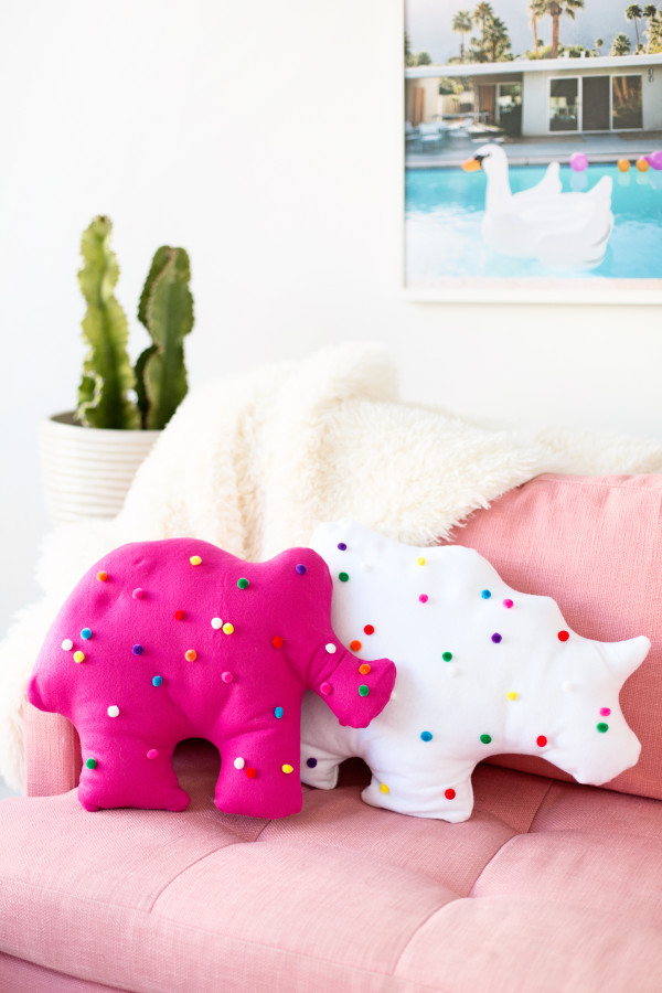 Things We Heart - Circus Animal Cookies from Honey and Smoke Studio - DIY Circus Animal Cookie Pillows from Studio DIY